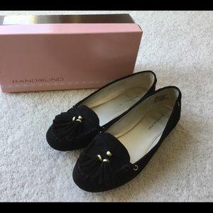 Shoes - Suede Bandolino flats